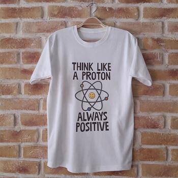 نمونه چاپ شده تیشرت طرح مثبت اندیش